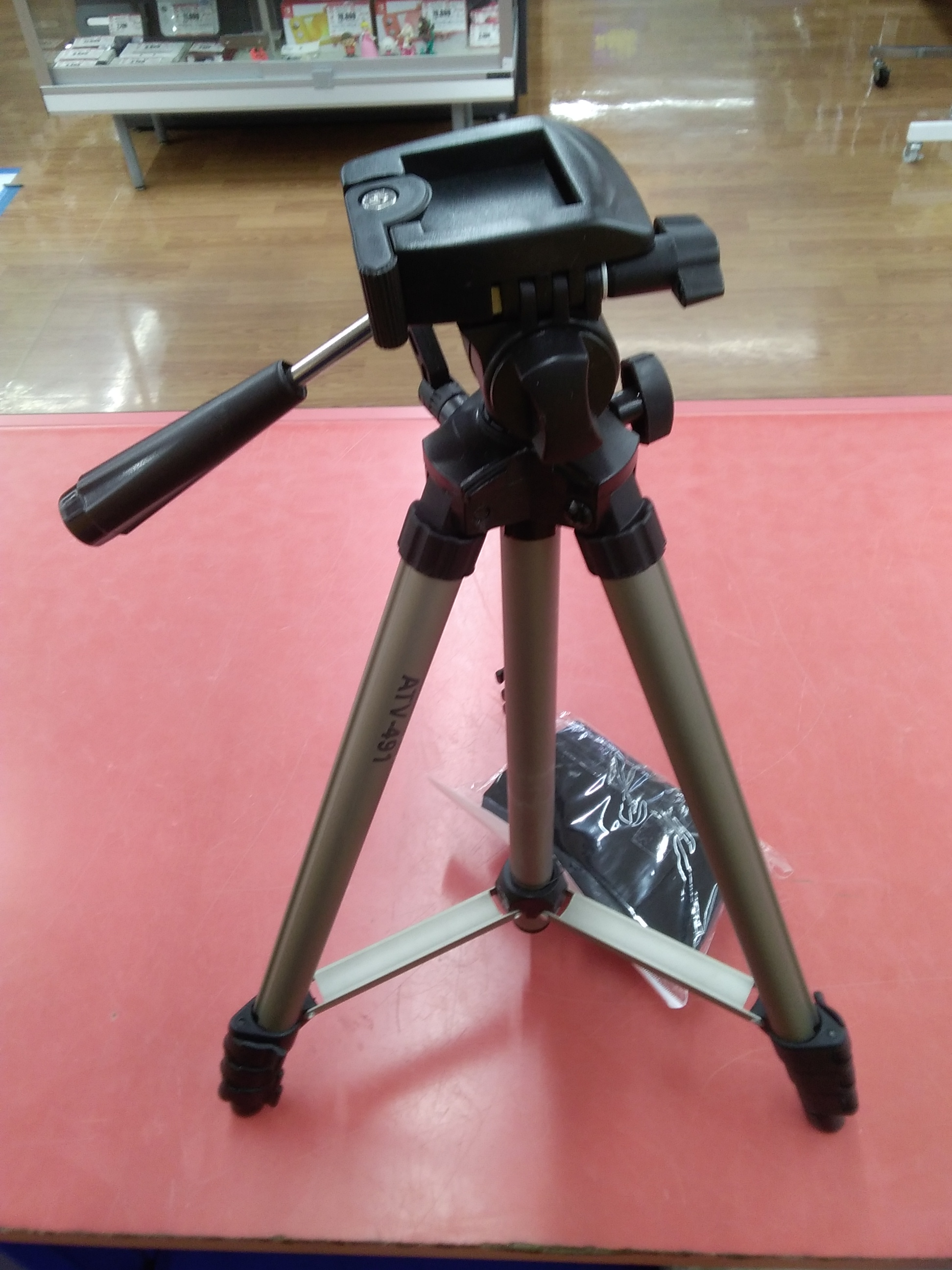 ビデオカメラ用三脚|AUDIO-TECHNICA