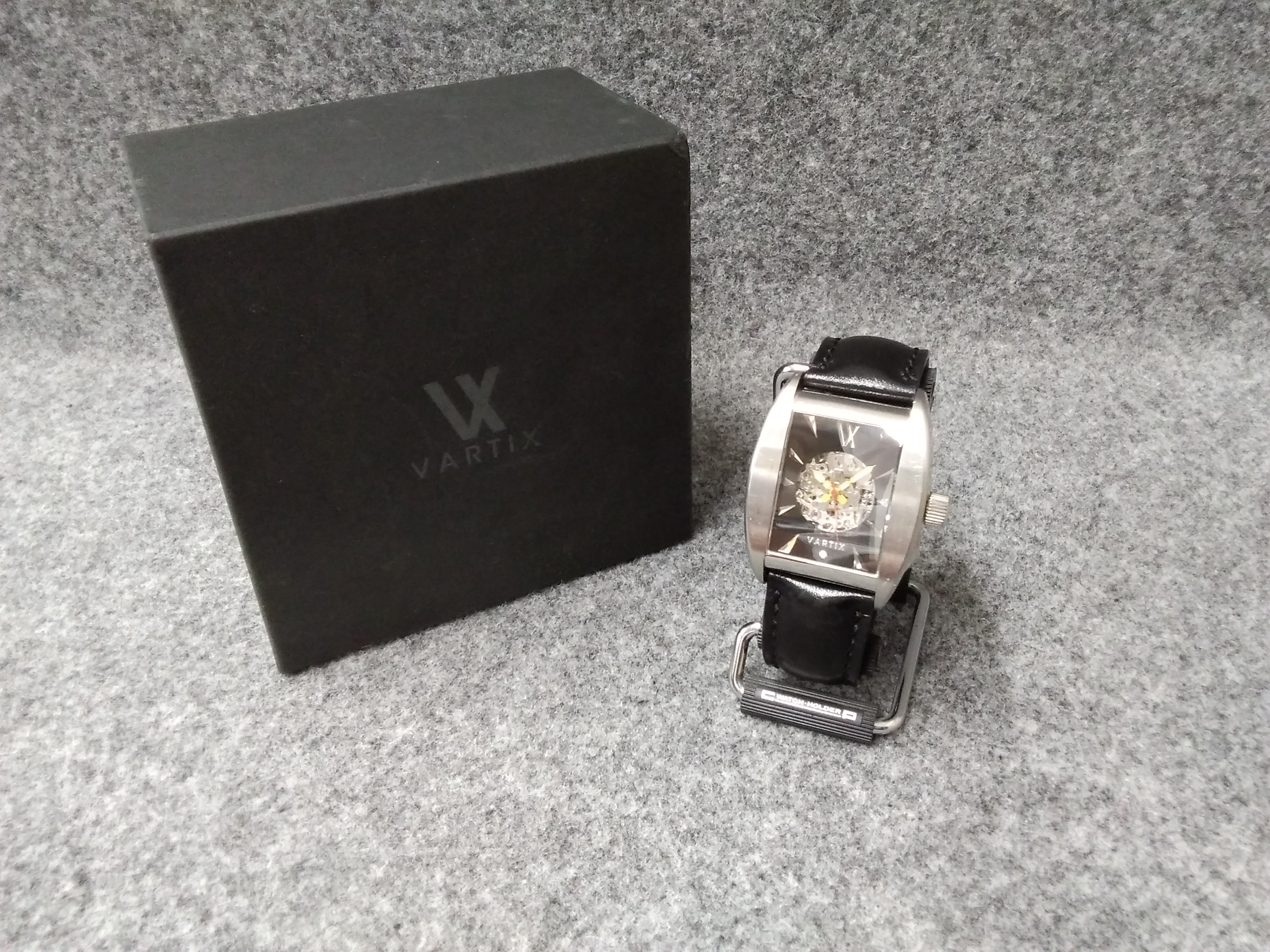 自動巻き腕時計|VARTIX