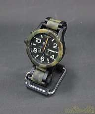 クォーツ・アナログ腕時計 NIXON