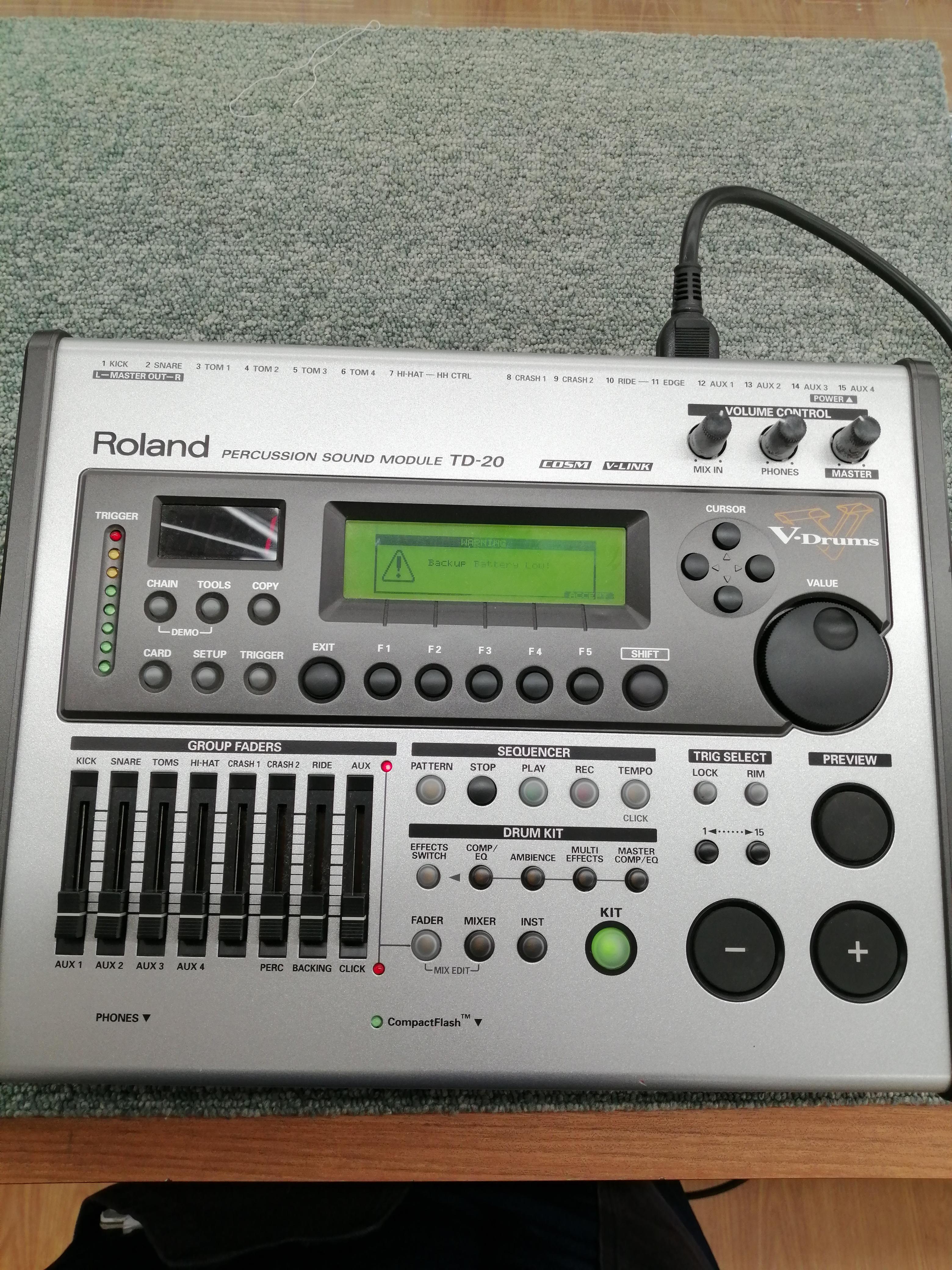 ドラム音源モジュール|ROLAND