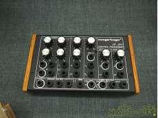 シンセサイザー音源/音源モジュール|MOOG