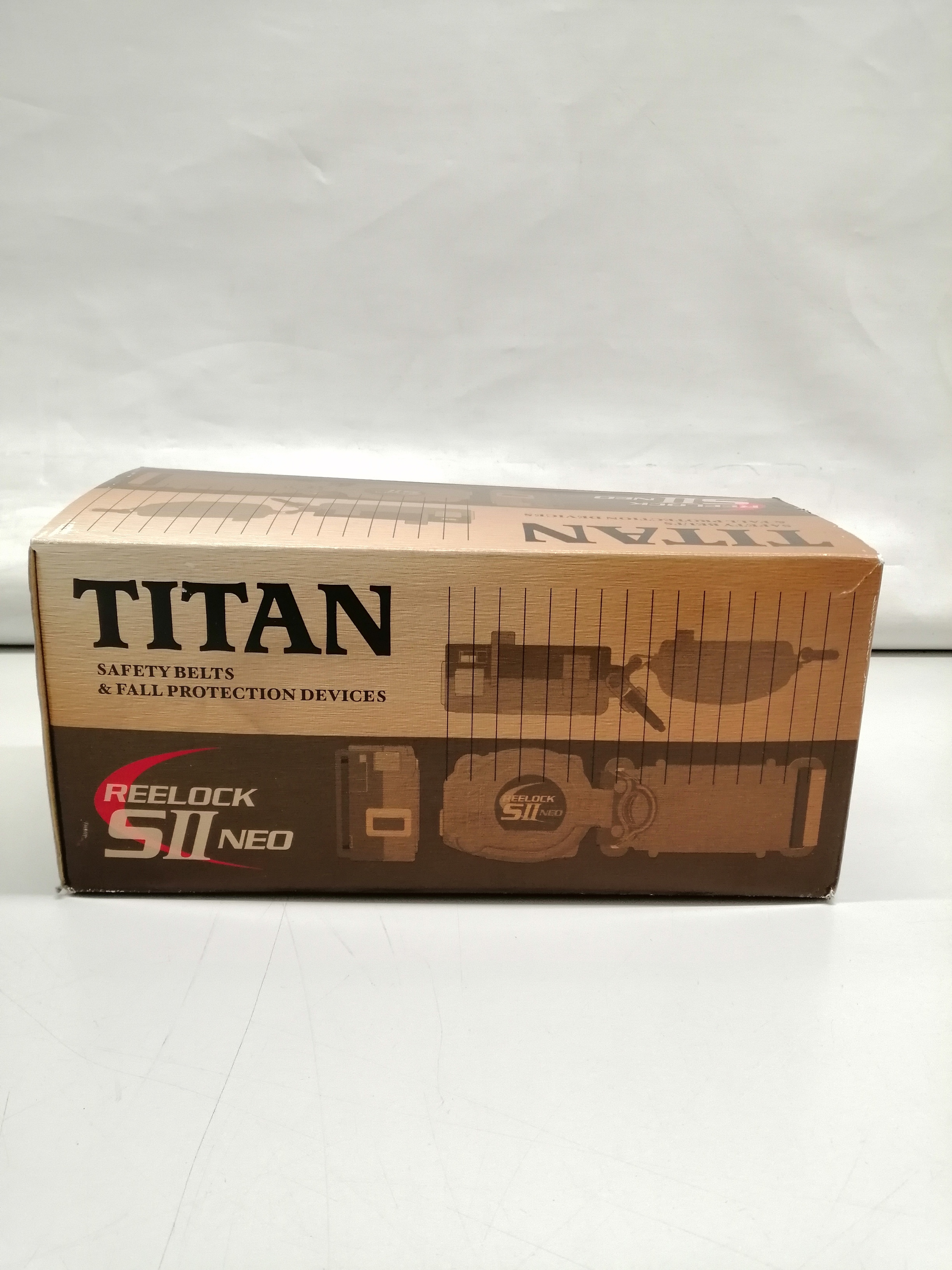安全ベルト|TITAN