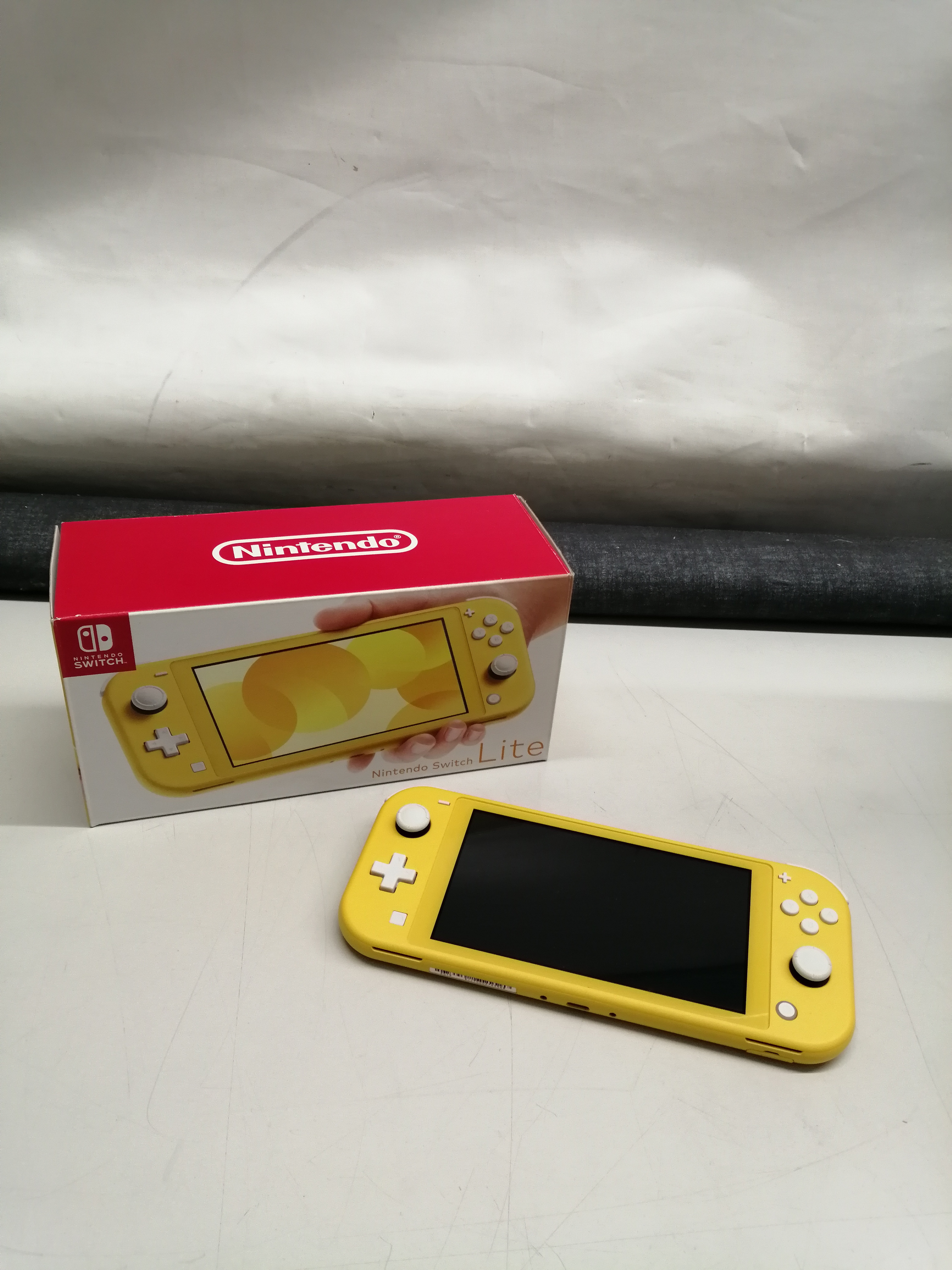 SWITCH LITE|NINTENDO