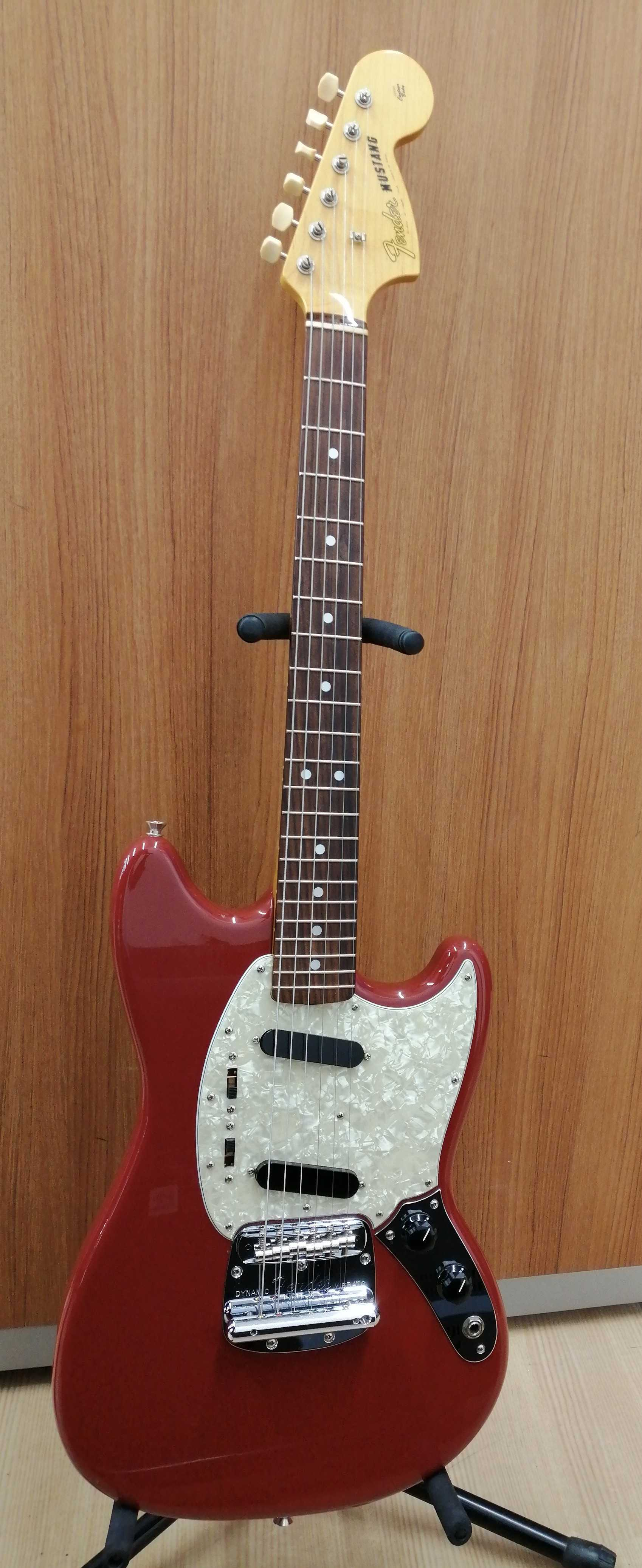 エレキギター FENDER JAPAN