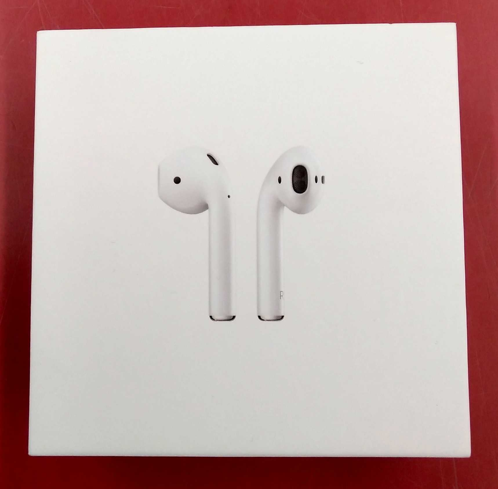AIRPODS|APPLE