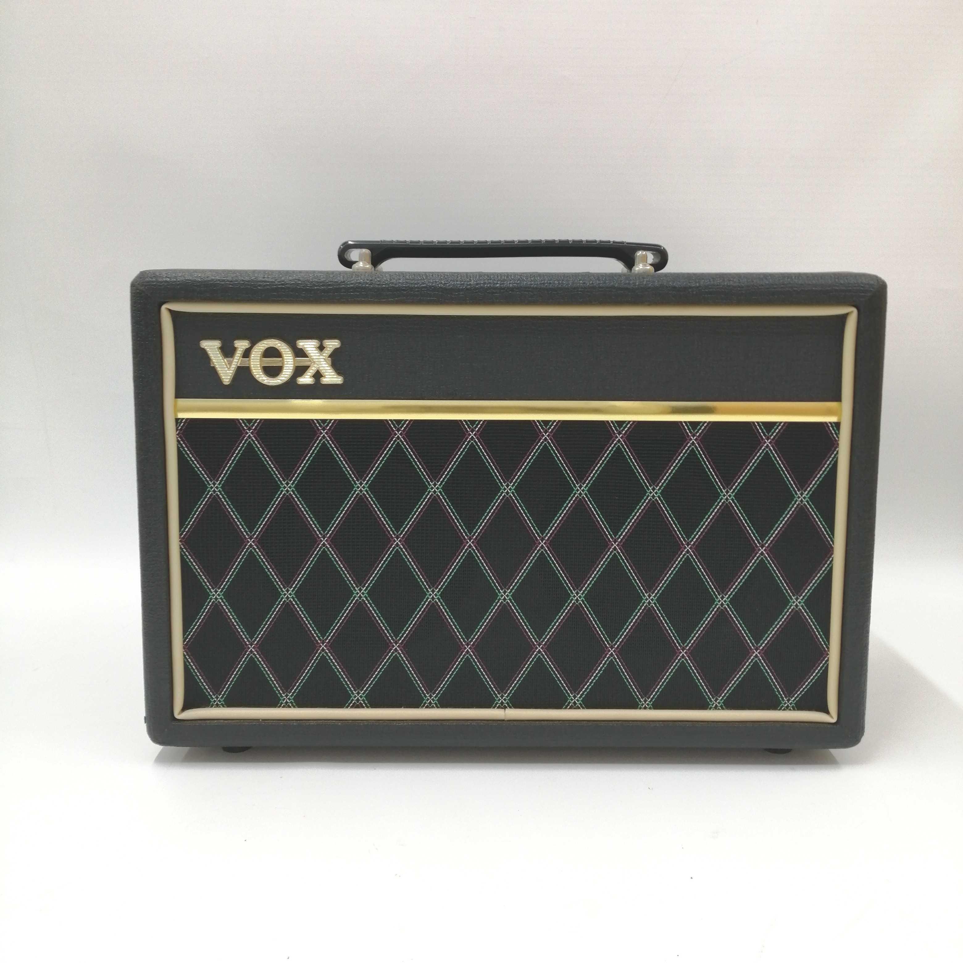 ベースアンプ|VOX