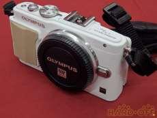 カメラ|OLYMPUS