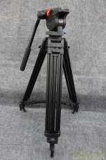 ビデオカメラ用三脚|DAIWA