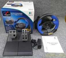「PS2専用」のステアリングコントローラー LOGICOOL
