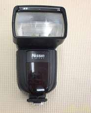 フォーサーズ/マイクロフォーサーズ用ストロボ|NISSIN