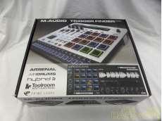 MIDIフィジカルコントローラー M-AUDIO