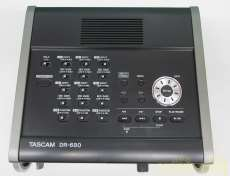 ポータブルレコードプレーヤー|TASCAM