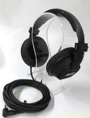 密閉型スタジオモニターヘッドフォン