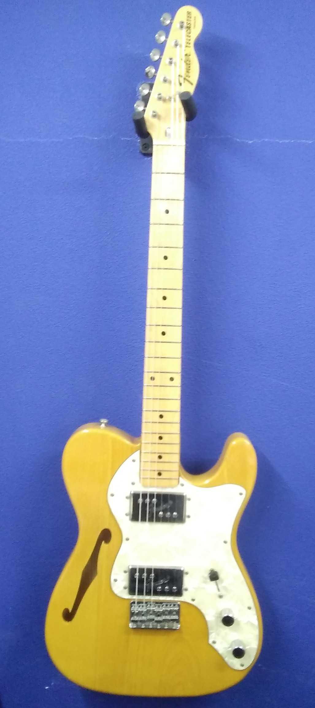 エレキギター【シンライン】|FENDER JAPAN