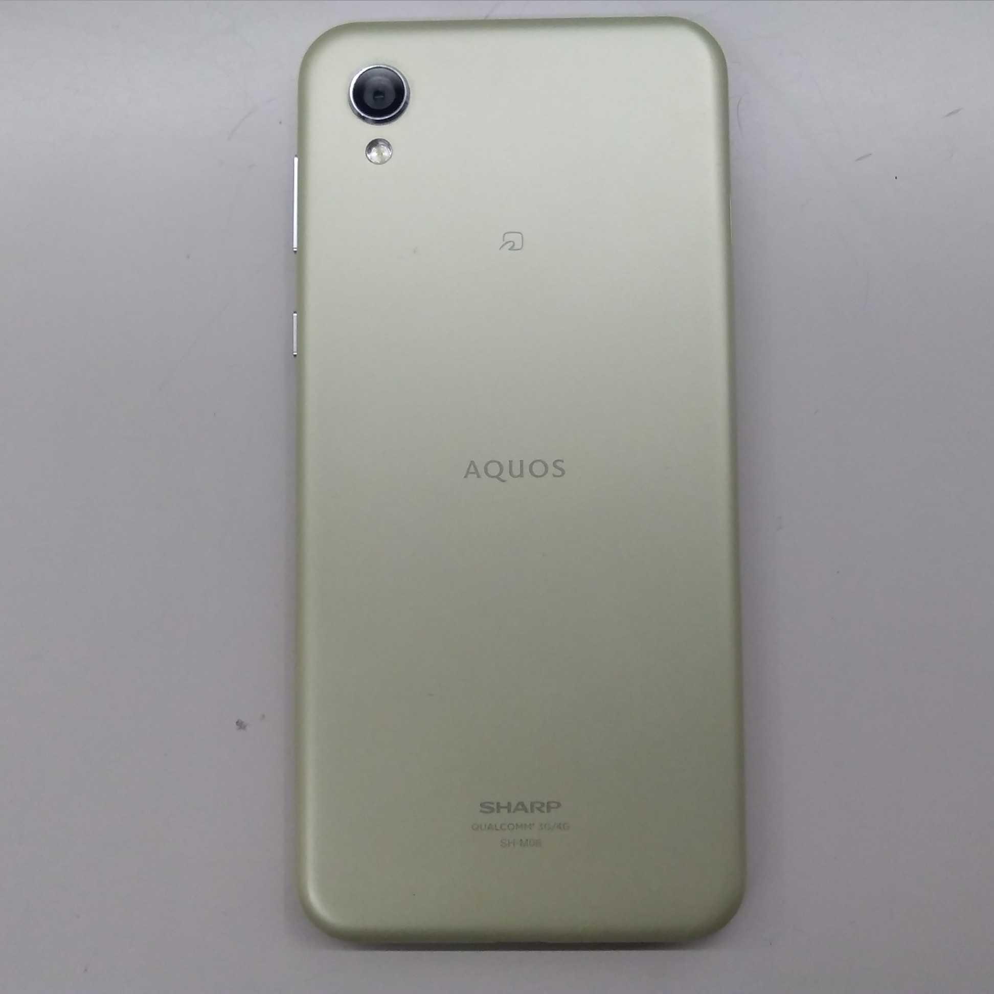 スマートフォン SIMフリー AQUOS sense2|SHARP