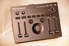 ROLAND VT-4 ROLAND