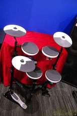 電子ドラム ROLAND