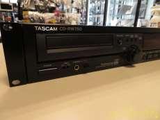 CDプレーヤー|TASCAM