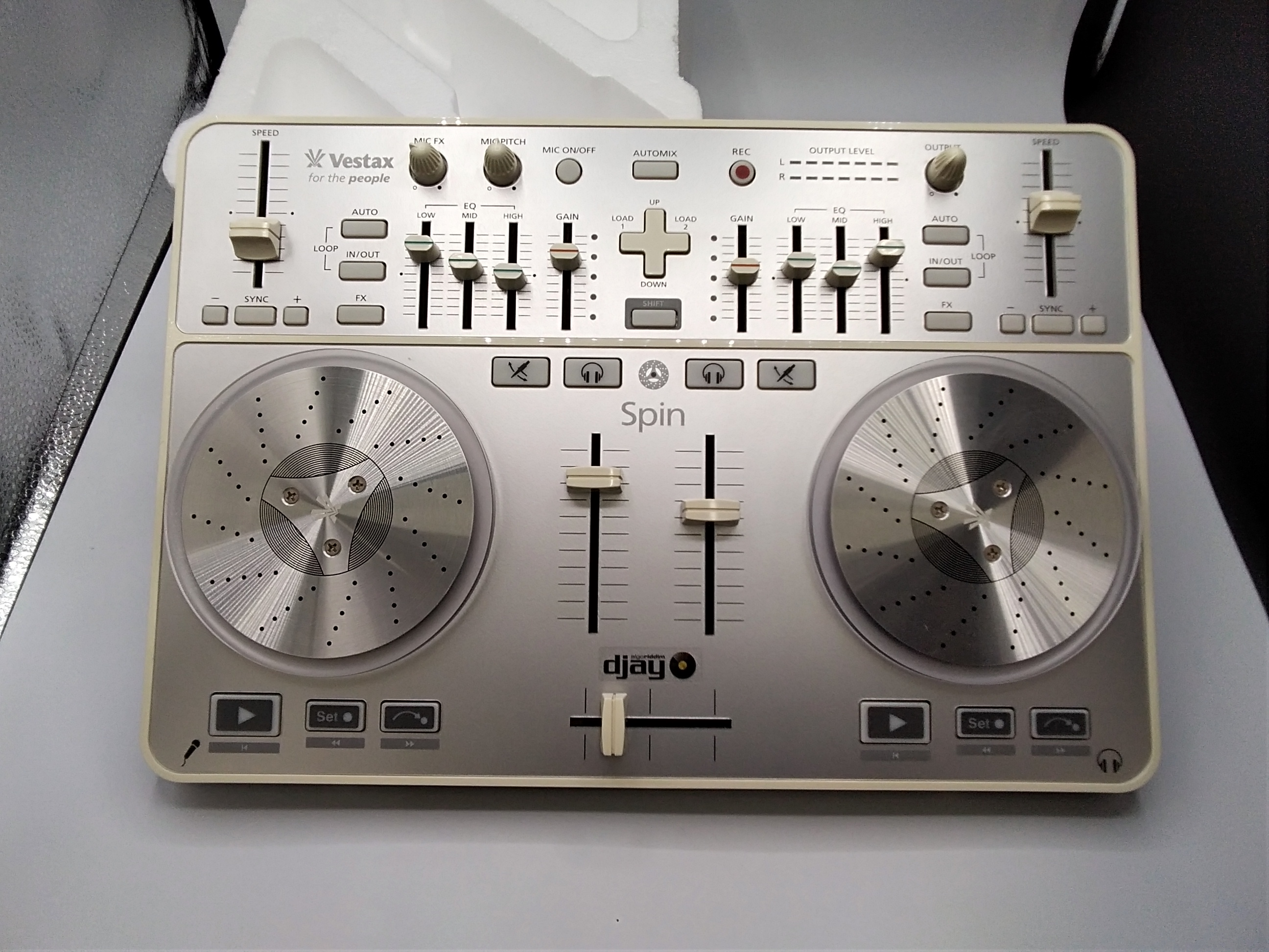 DJコントローラー|VESTAX