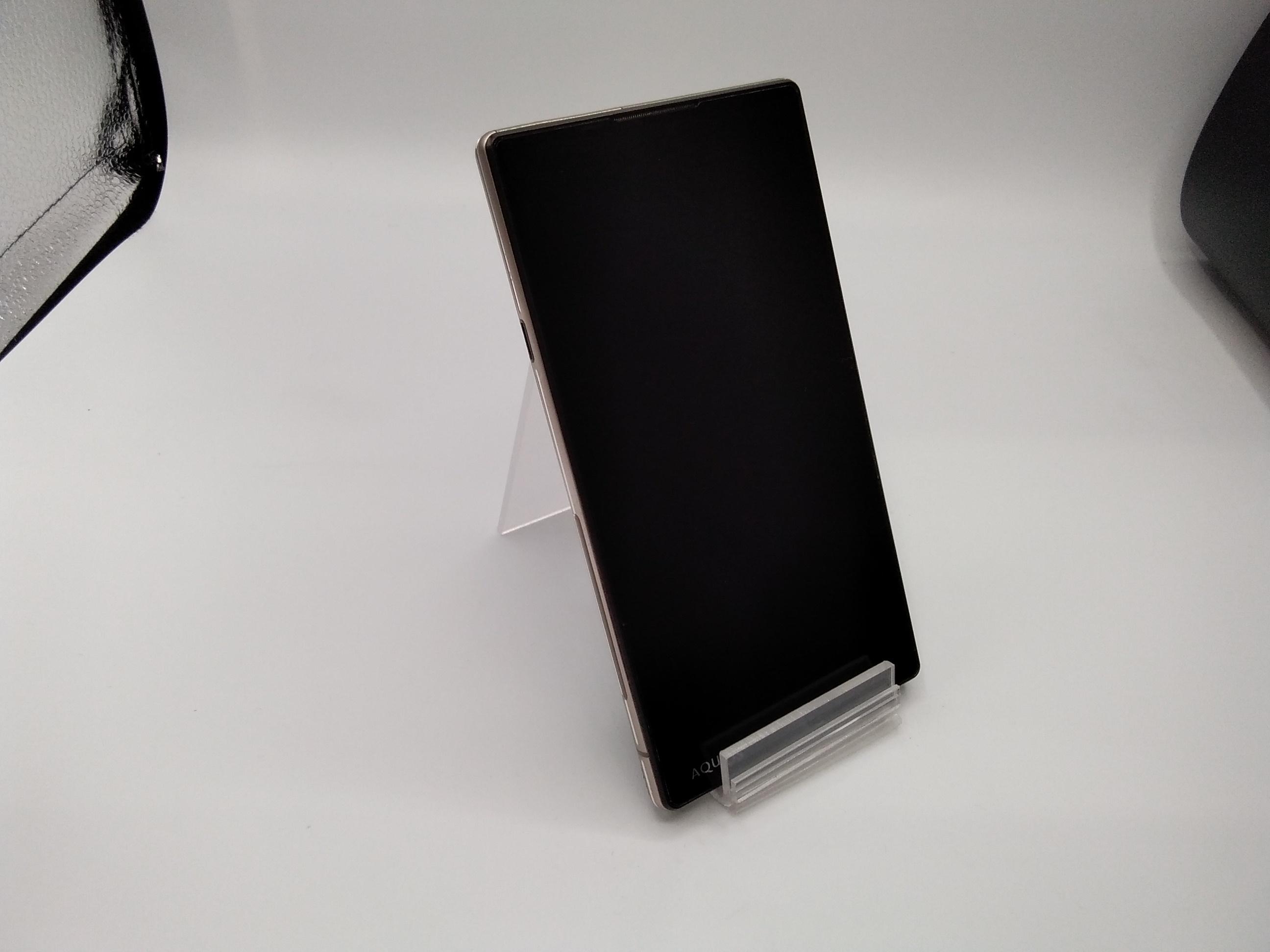 スマートフォン(ソフトバンク)|SHARP