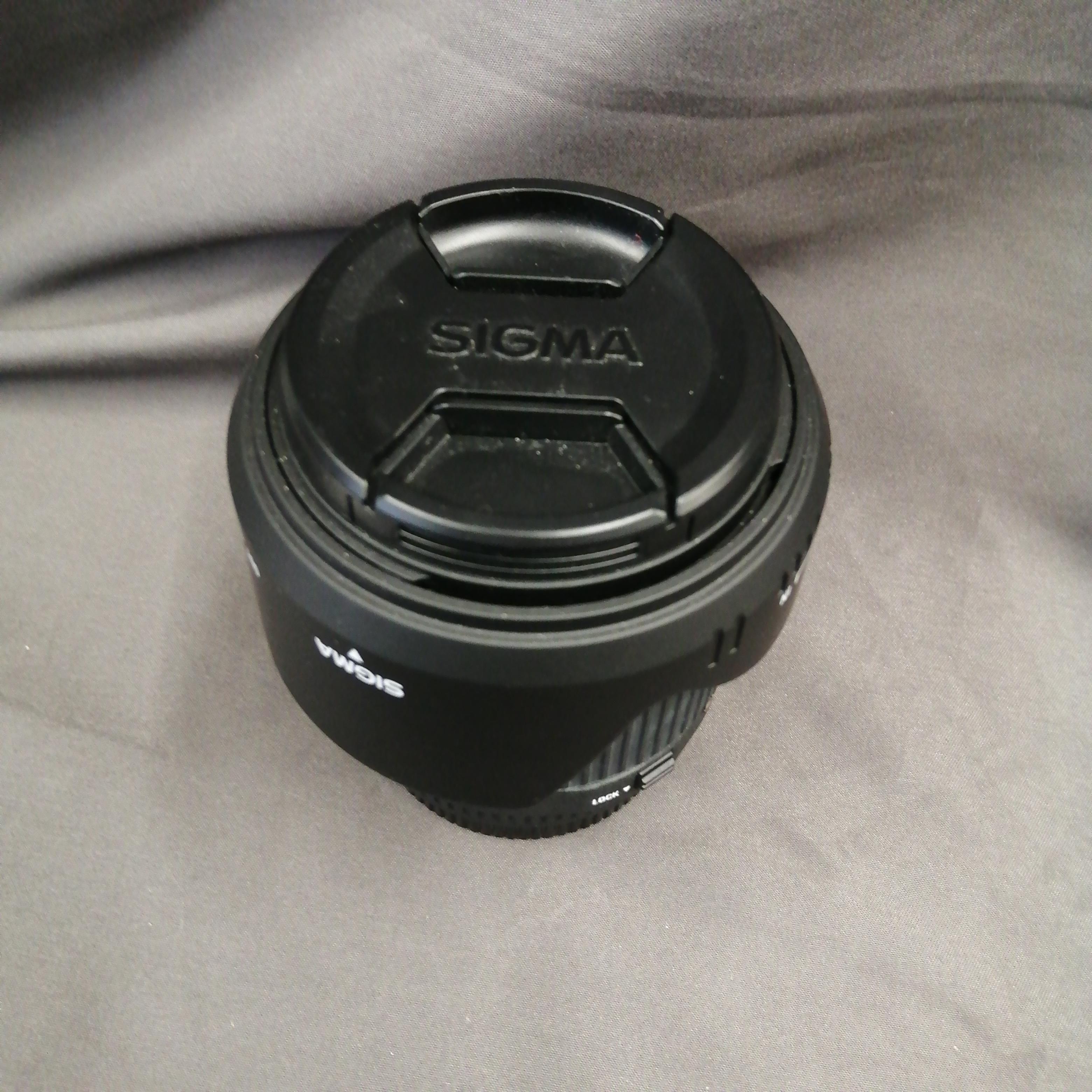 [カメラレンズ] SIGMA