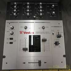 【DJに愛用されている定番ミキサー】 VESTAX