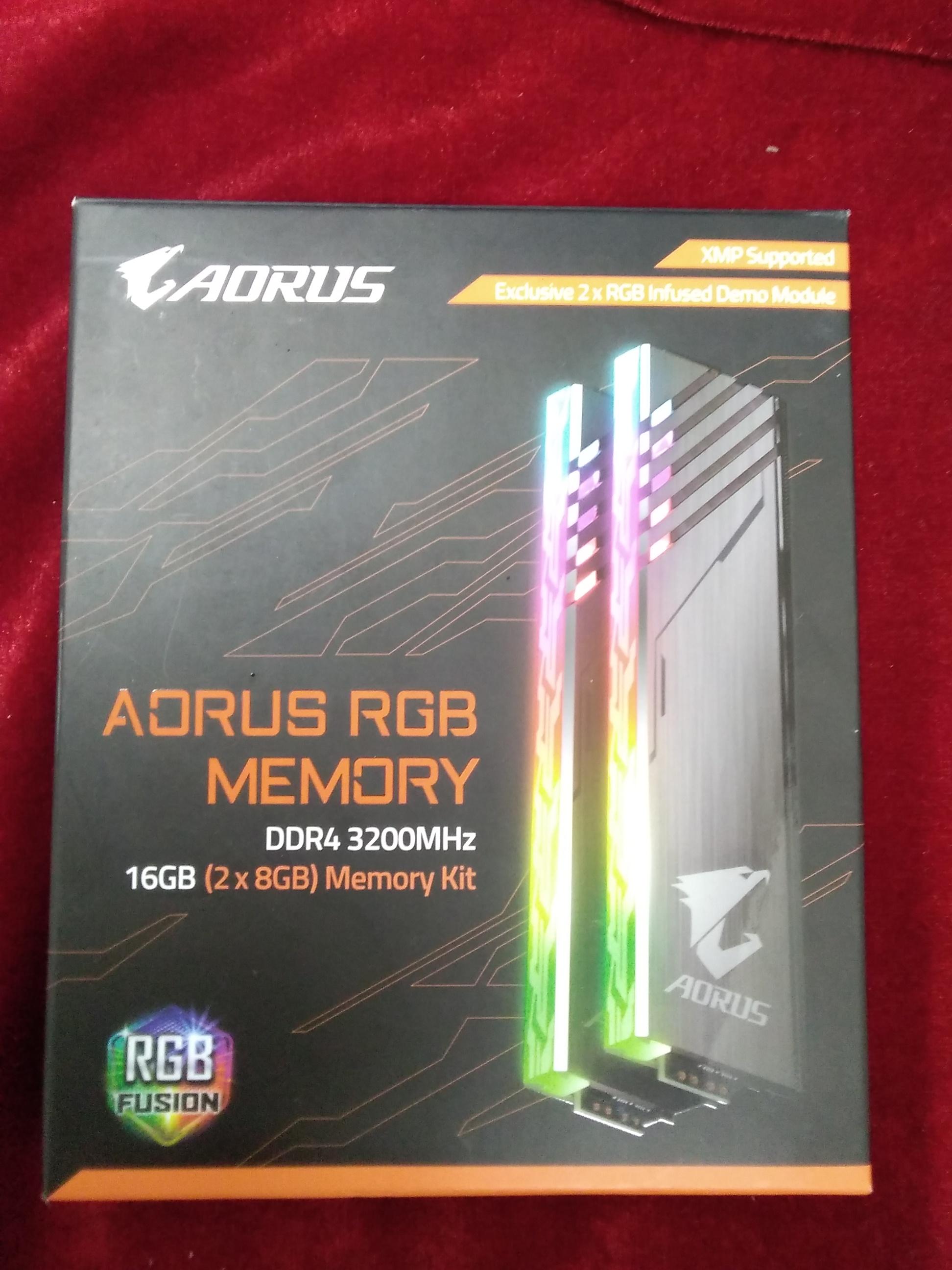 メモリ/PC4-25600-8GBX2 AORUS/GIGABYTE