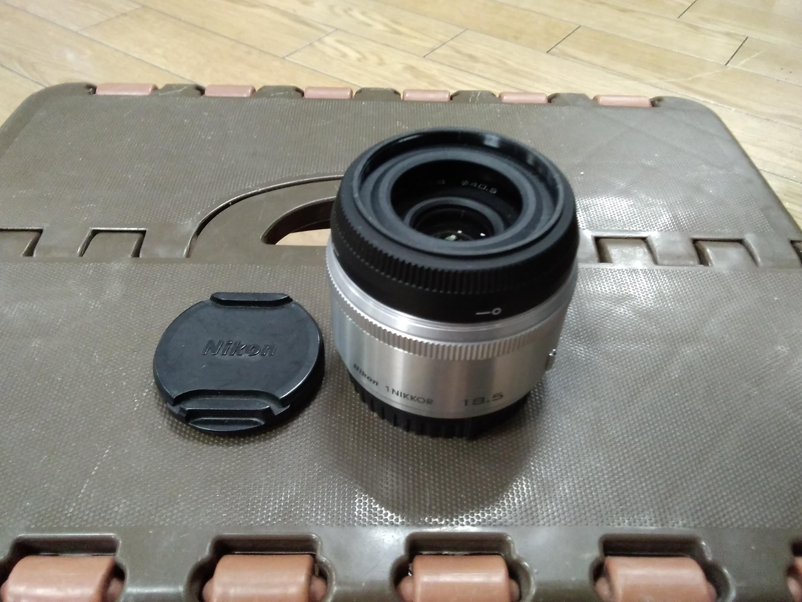 ミラーレス広角単焦点レンズ|NIKON