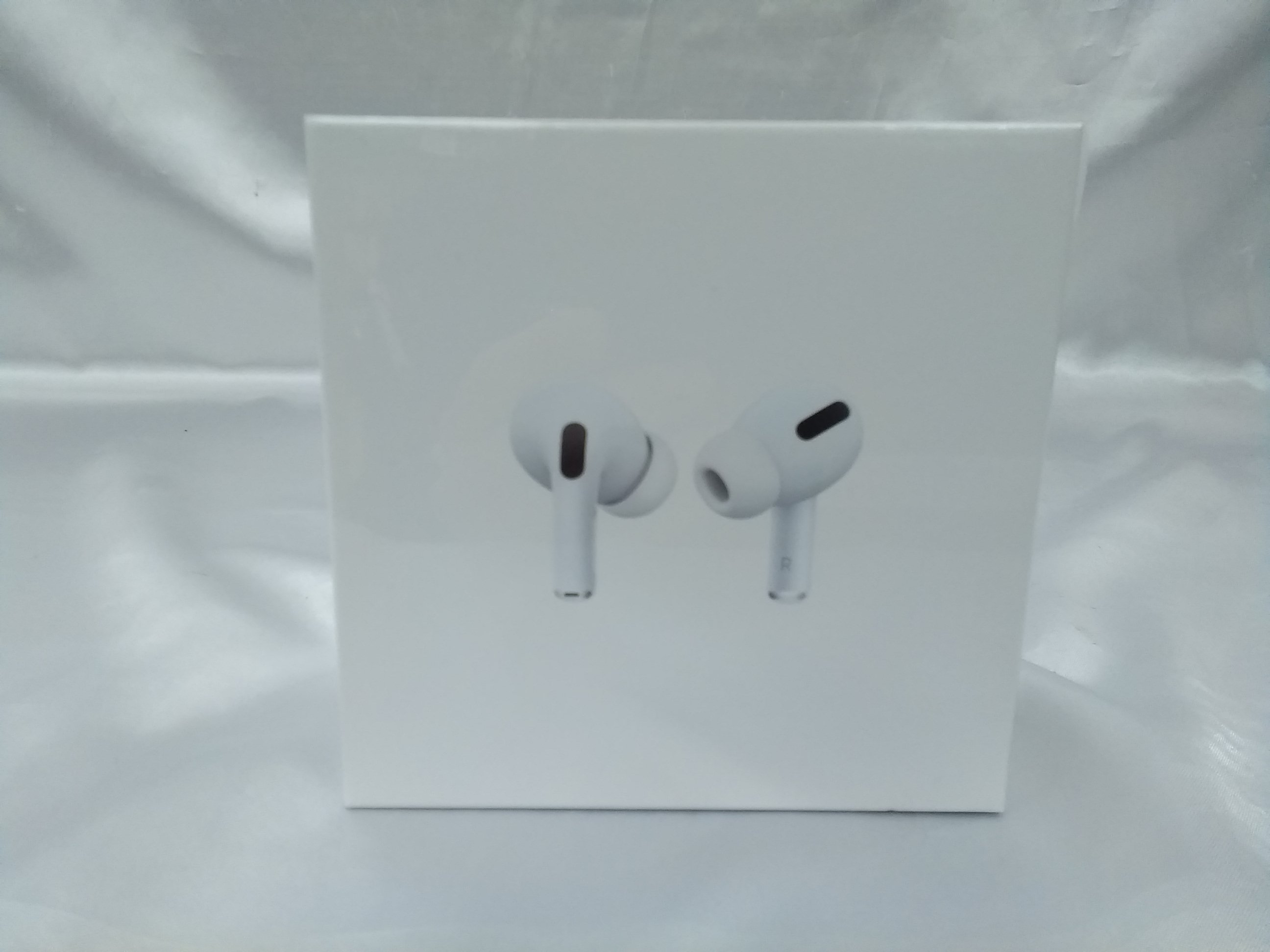 AIRPODS PRO|APPLE