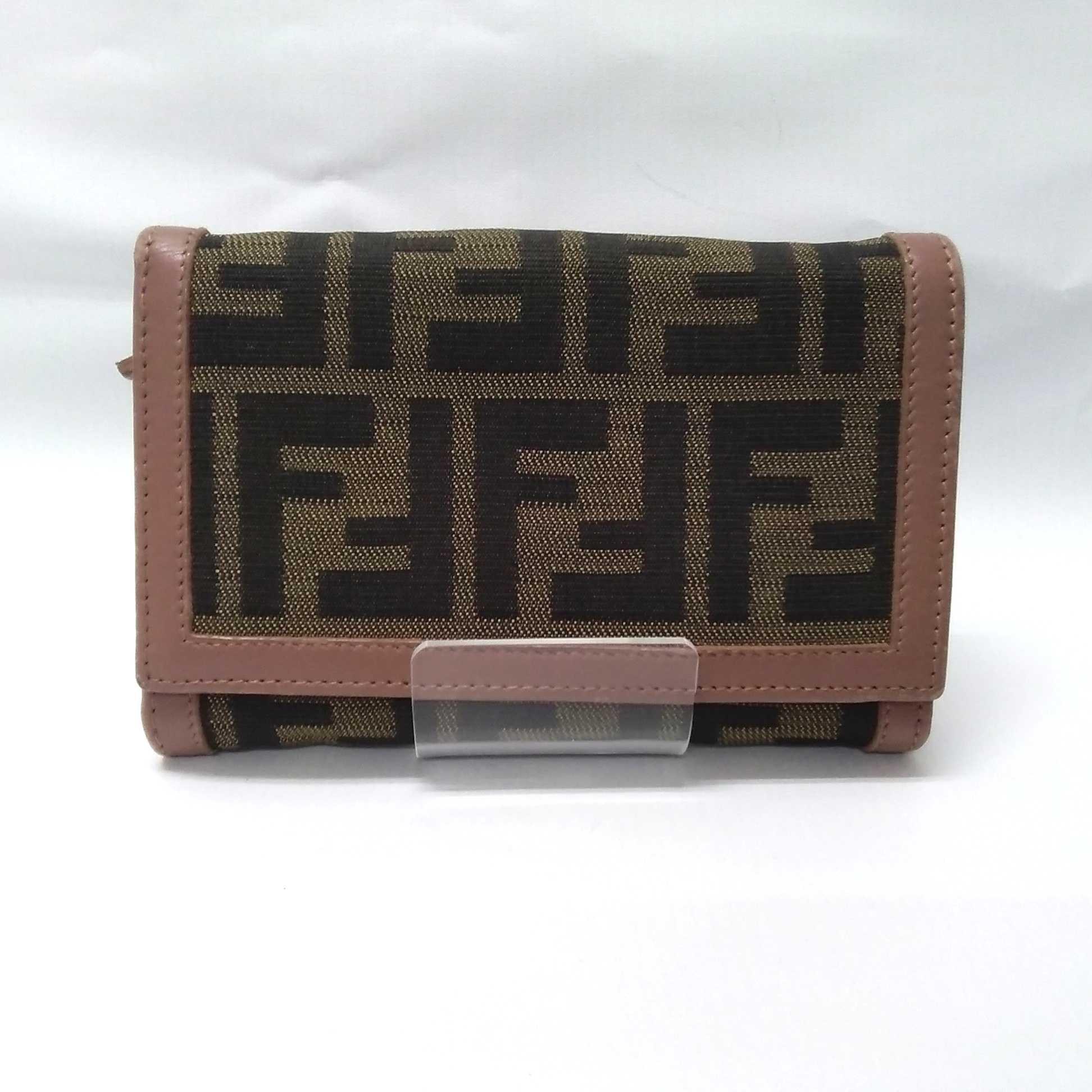 2つ折り財布|FENDI