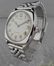手巻き腕時計|MOVAD