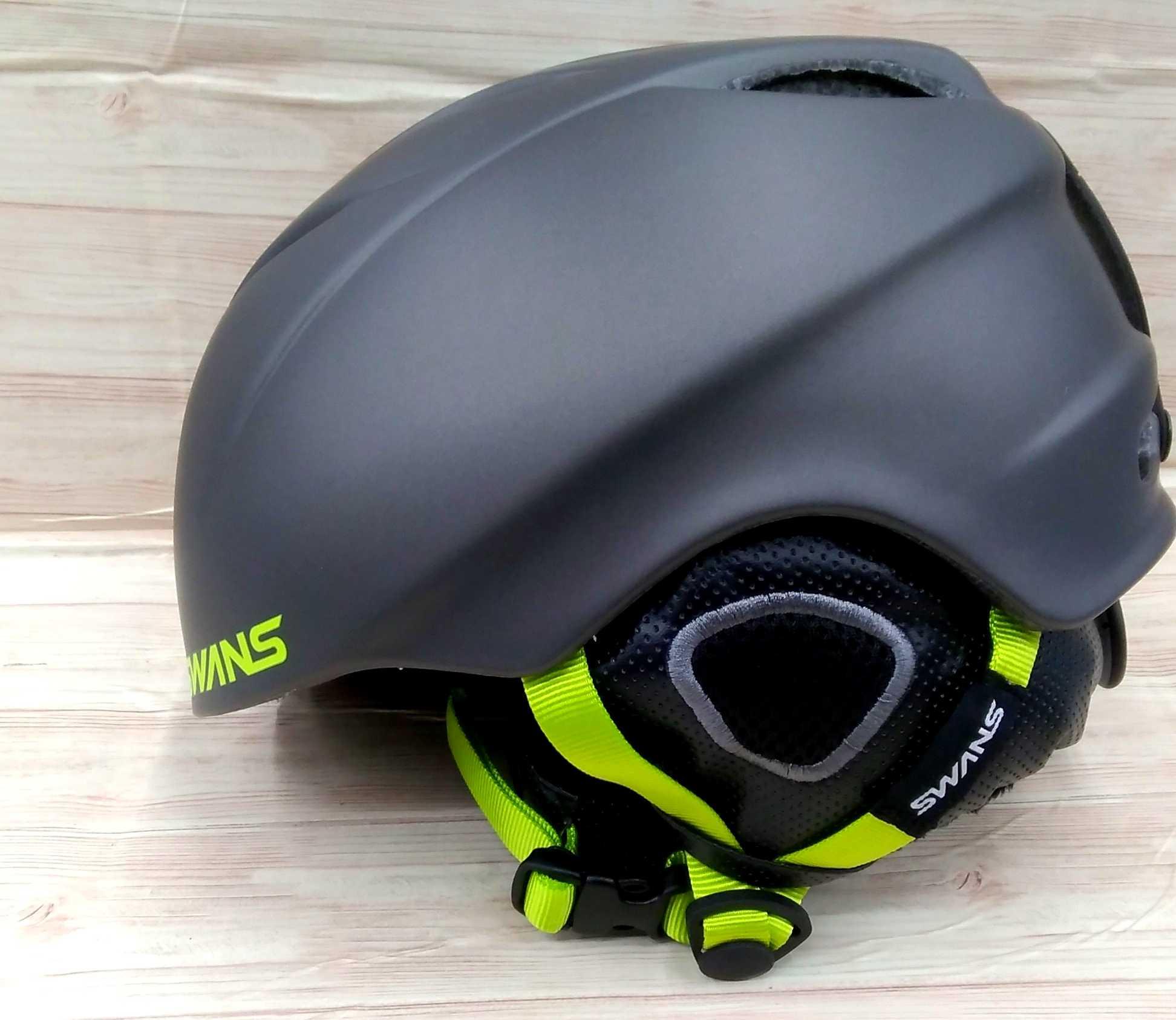 ウインタースポーツ用ヘルメット|SWANS