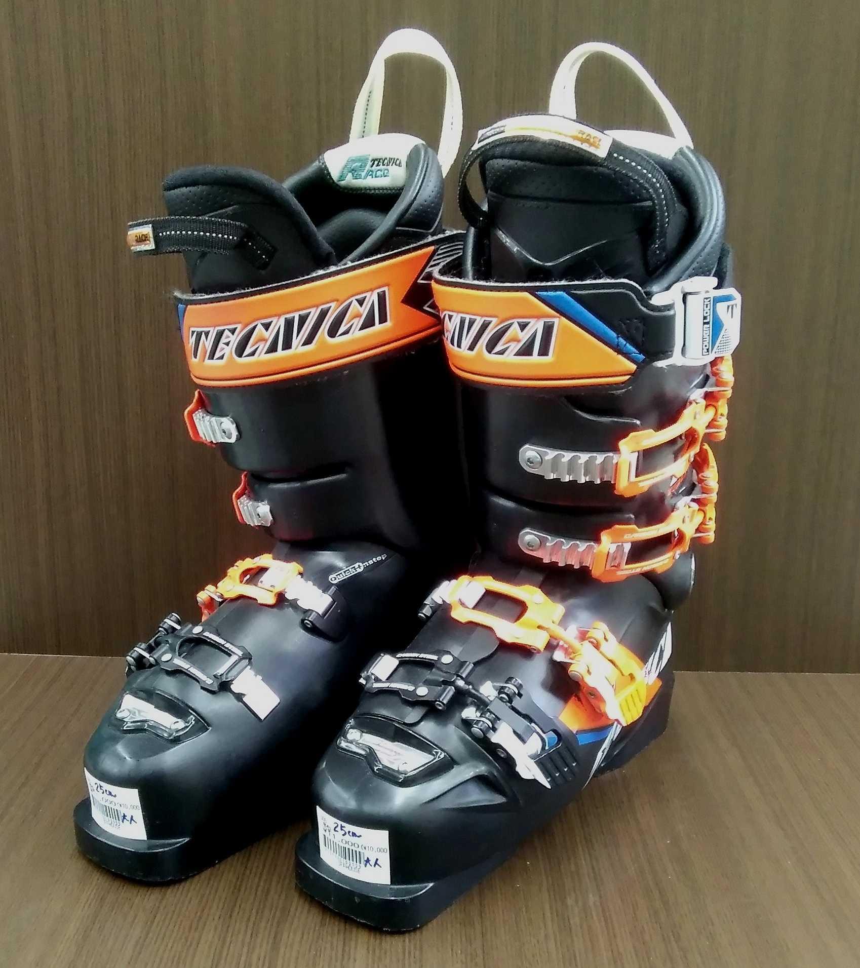 スキーブーツ(黒×オレンジ) TECNICA