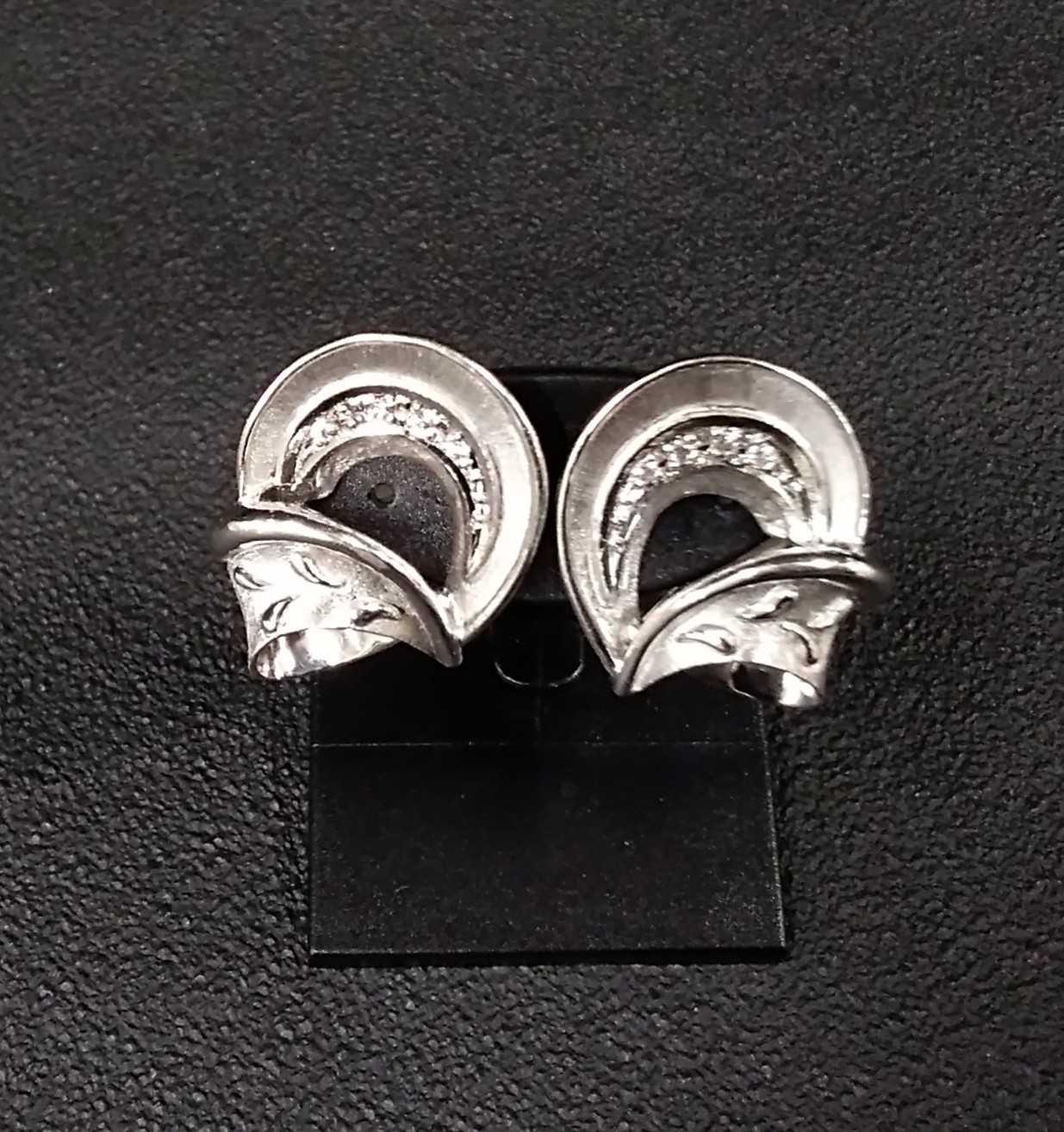 K14WGPT900ダイヤイヤリング|k14WGPt900