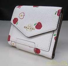 アップルプリント三つ折財布 COACH