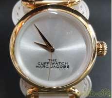 クォーツ・アナログ腕時計|MARC JACOBS