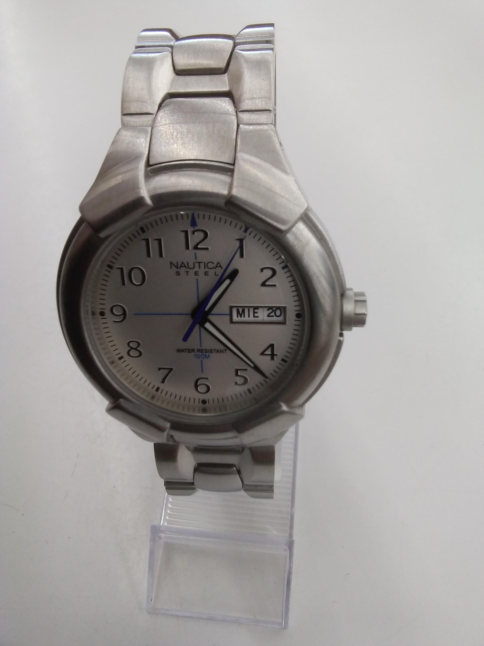 クォーツ・アナログ腕時計 NAUTICA