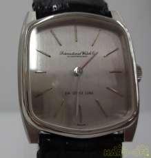 クォーツ・アナログ腕時計|IWC