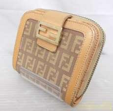 コンパクト財布|FENDI