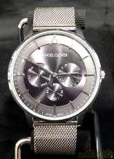 クォーツ・アナログ腕時計 クオーツ