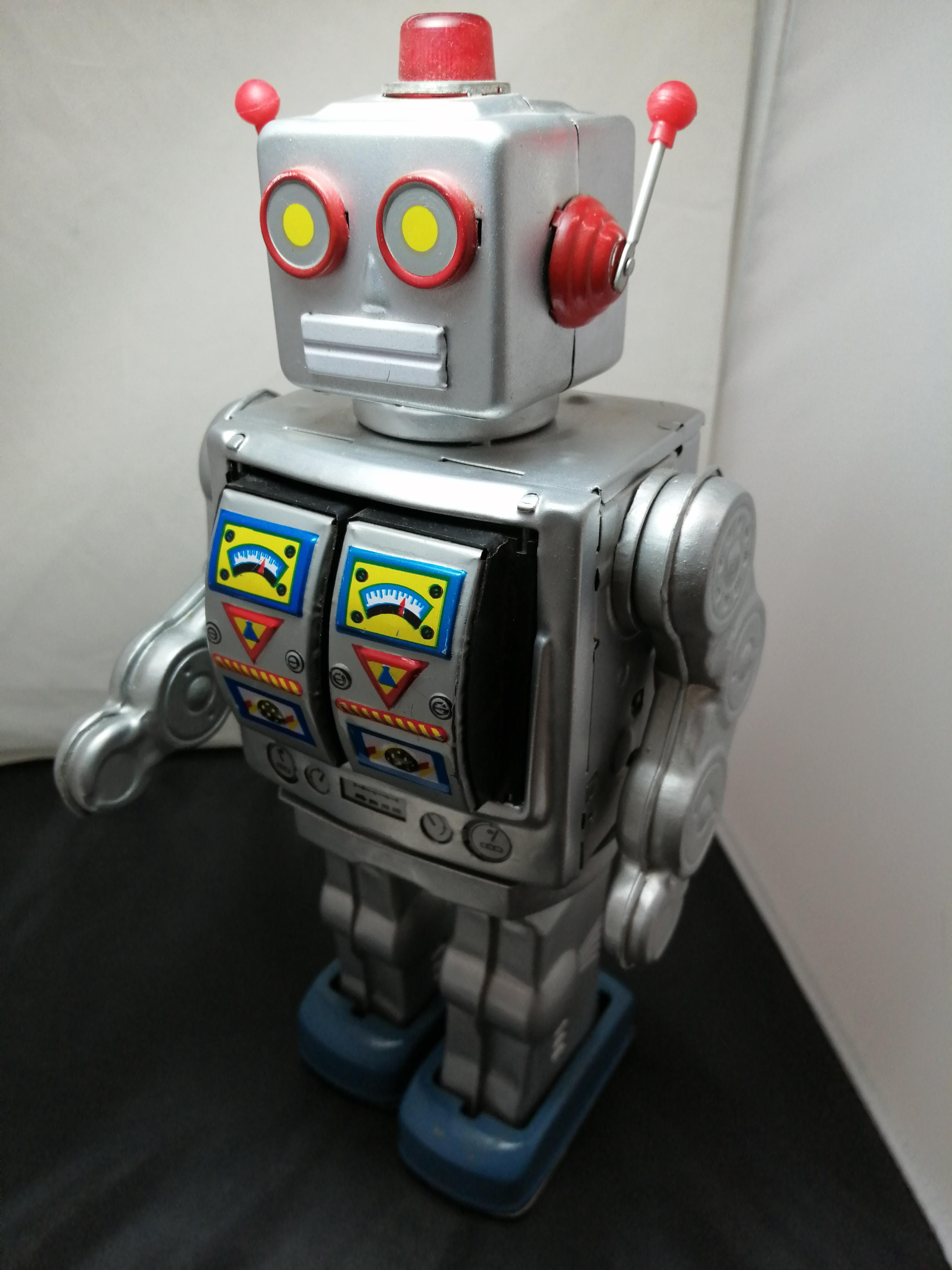 ロボット 不明