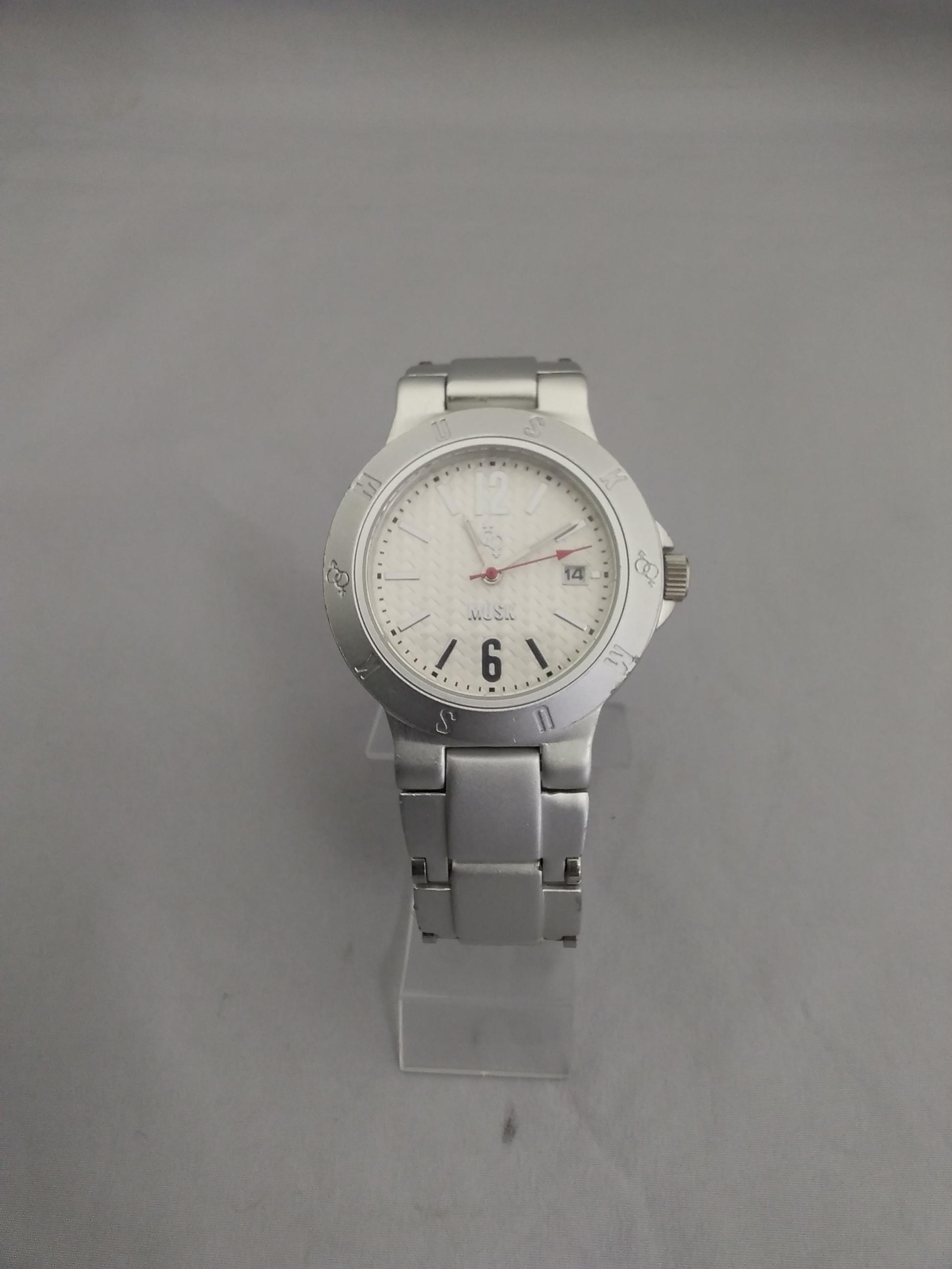 クォーツ腕時計|MUSK