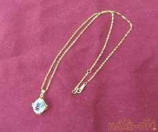 750ネックレス 宝石付きネックレス