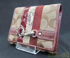 シグネチャー 二つ折り財布|COACH