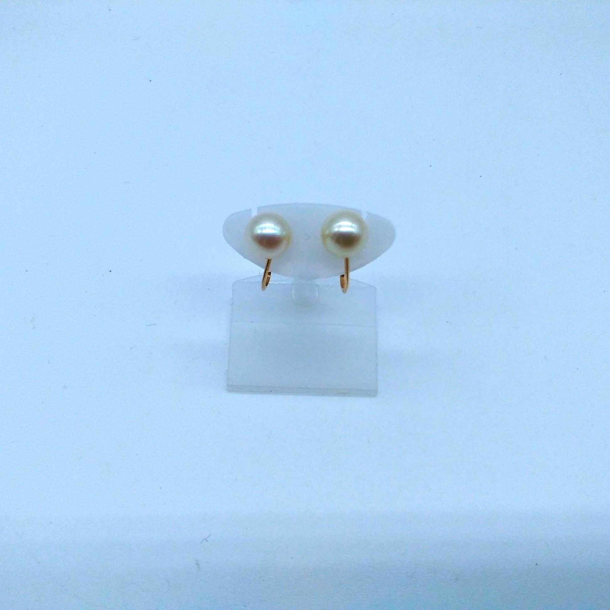 白玉付きイヤリング|K18