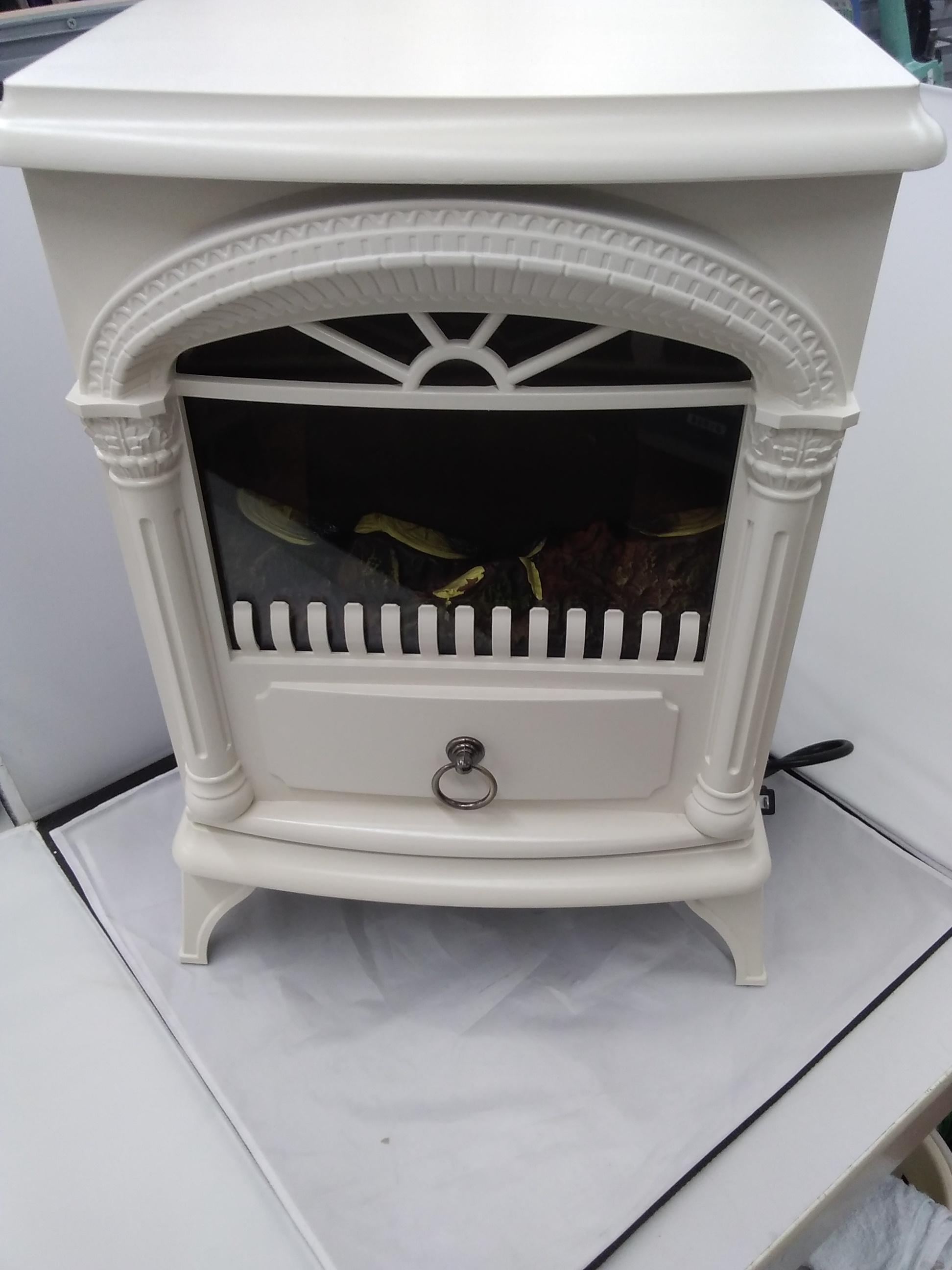 暖炉型ファンヒーター|NITORI