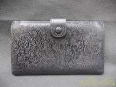 二つ折り財布|CHNEL