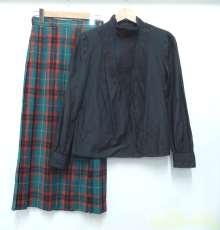 チェックプリーツスカートのレトロコーデ|LAURAASHLEY