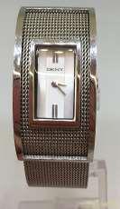 クォーツ・アナログ腕時計|DKNY