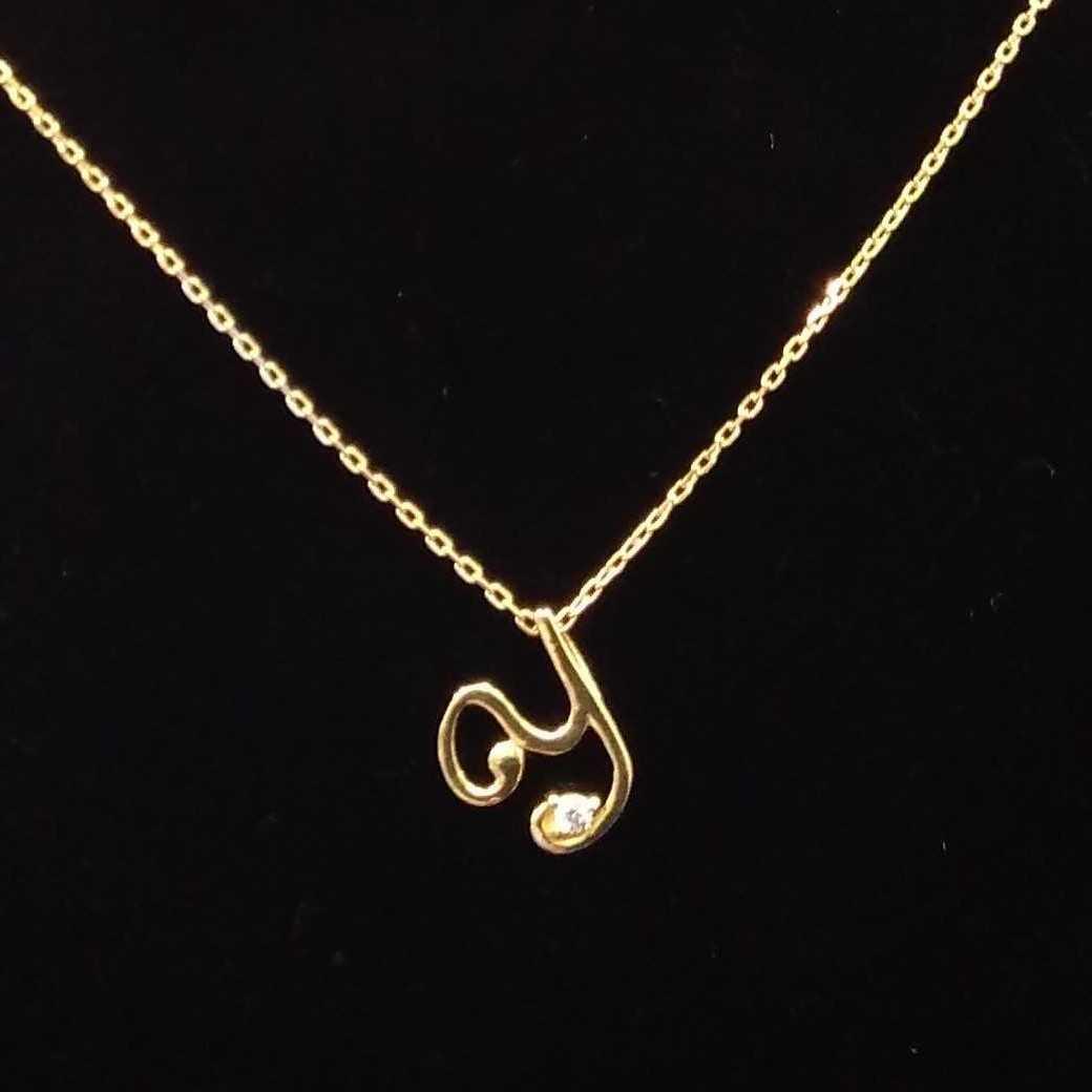 K18イニシャルネックレス 宝石付きネックレス
